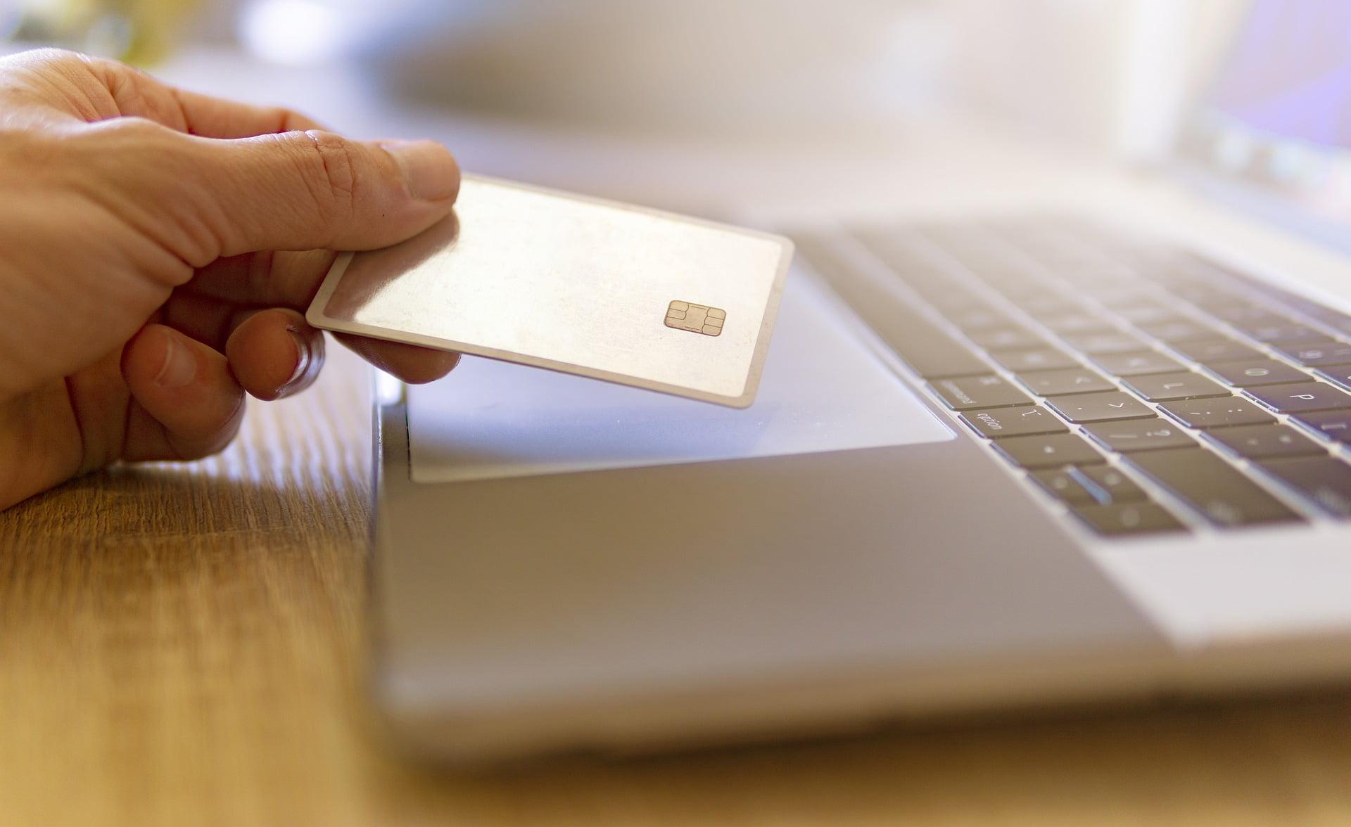 utiliser la carte d'identité électronique des clients et si oui, dans quelles conditions ? L'eID pour gérer le programme de fidélité.